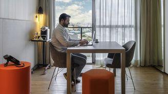 Room Office - Apartamento sem cama adaptado como escritório