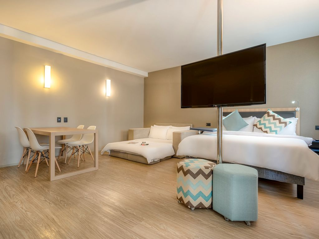 Executive Suite - 1 double size bed and 1 sofa bed