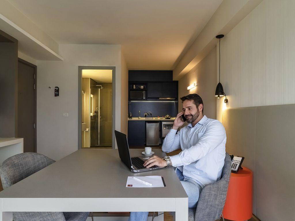 Chambre-bureau: appartement sans lit transformé en bureau