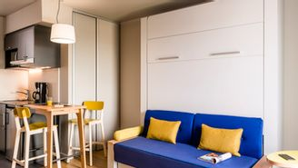 Estúdio para 3 pessoas com 1 cama de casal e 1 sofá-cama