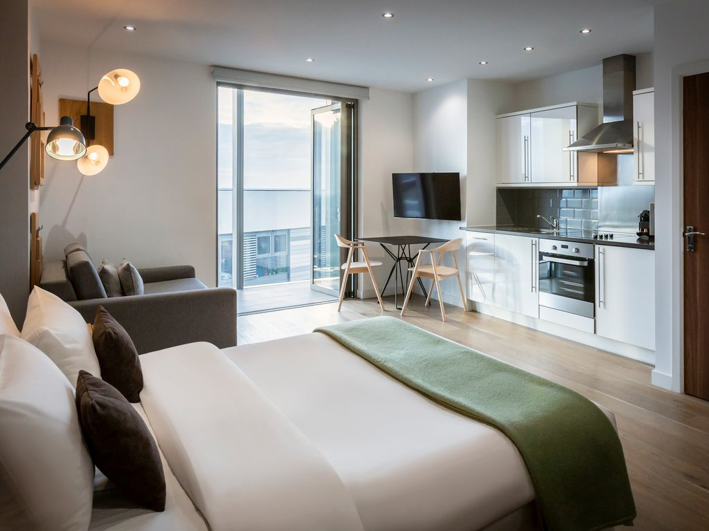Aparthotel In London Book Apartments At Adagio London Brentford